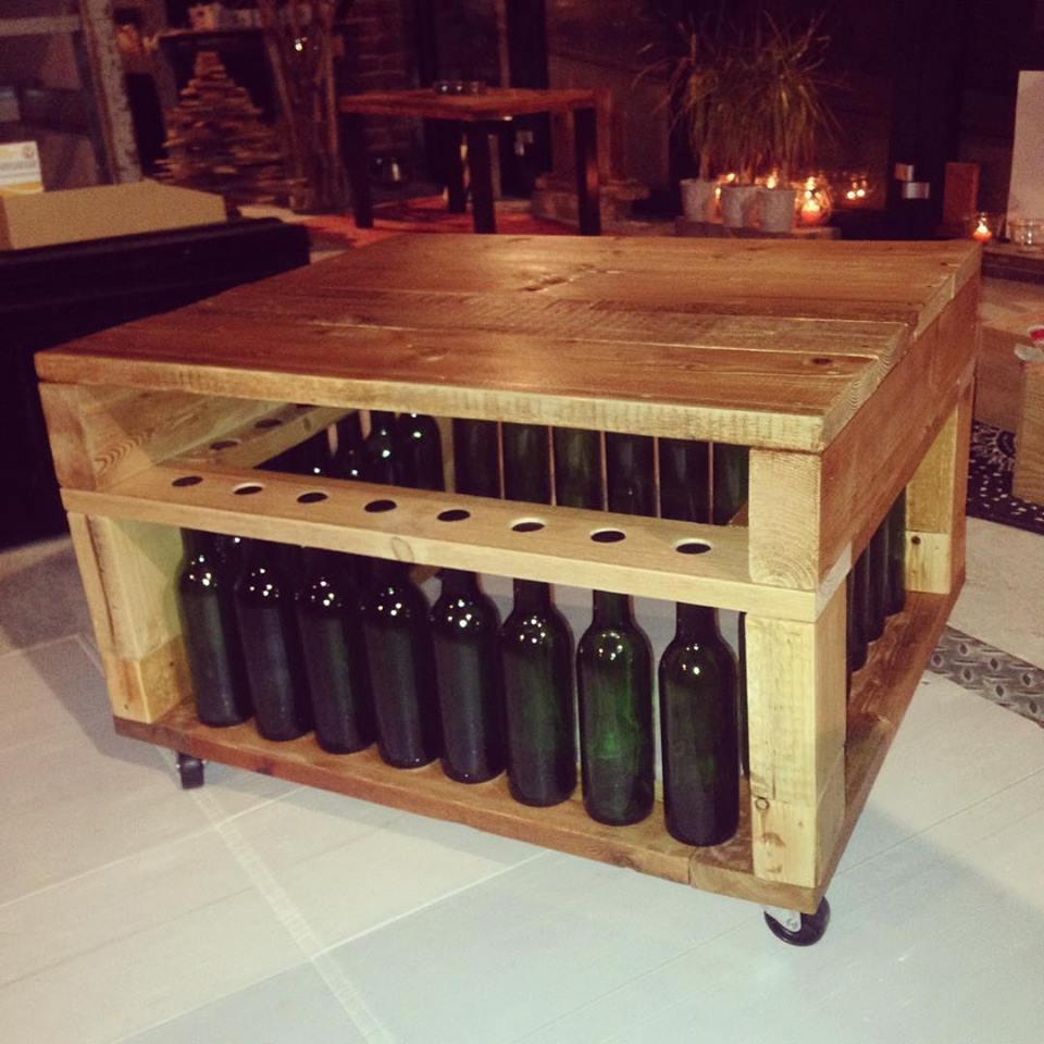 Table basse bouteille fillette et bois recyclé